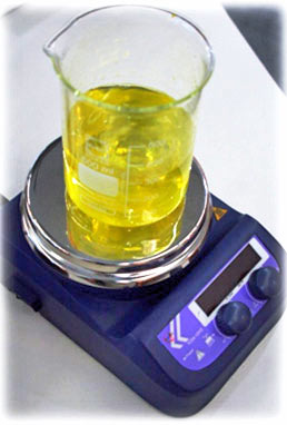 Various magnetic stirrers with or without heaters